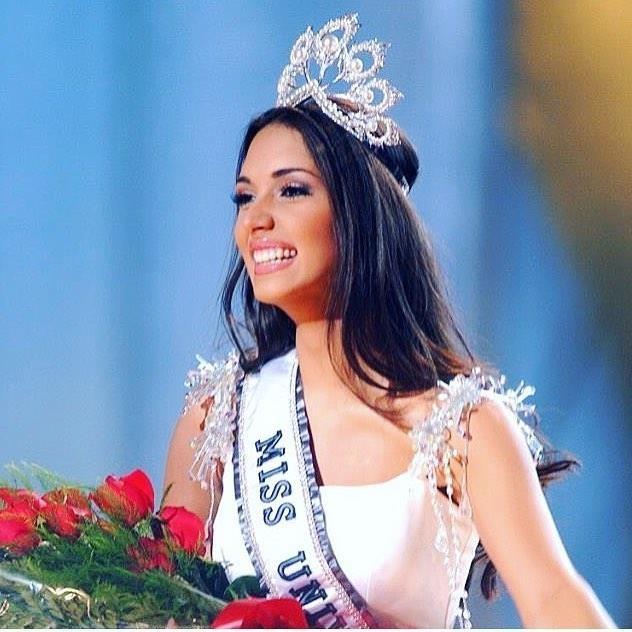Hôn nhân viên mãn của Hoa hậu Hoàn vũ Amelia Vega cao nhất lịch sử
