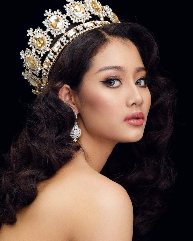 Lo dien nhung doi thu moi cua Hoang Thuy tai Miss Universe 2019 hinh anh 7