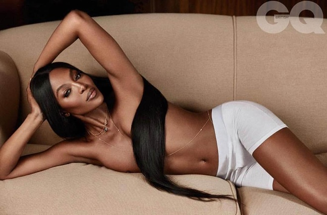 Naomi Campbell khoe than anh 3