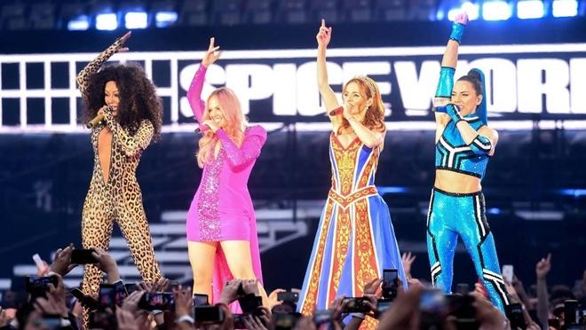Mel B buon vi Victoria Beckham khong du show tai hop cua Spice Girls hinh anh 2