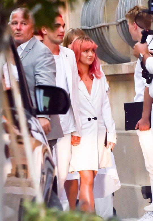 Joe Jonas va Sophie Turner ket hon anh 8
