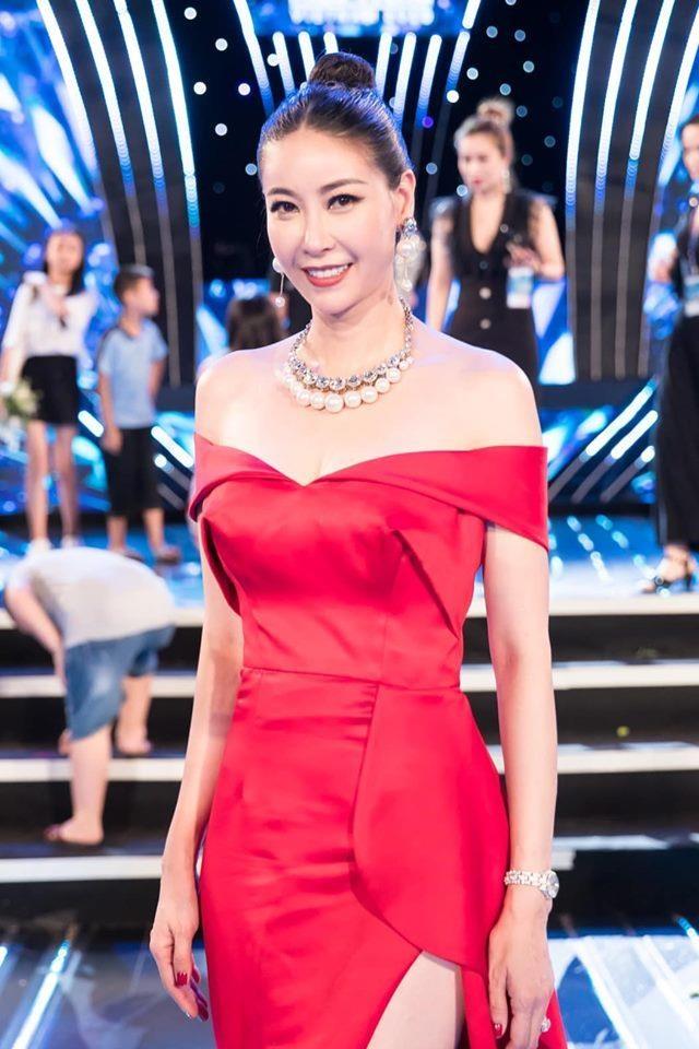 Phuong Khanh, Ky Duyen vao top sao mac dep tuan qua hinh anh 3