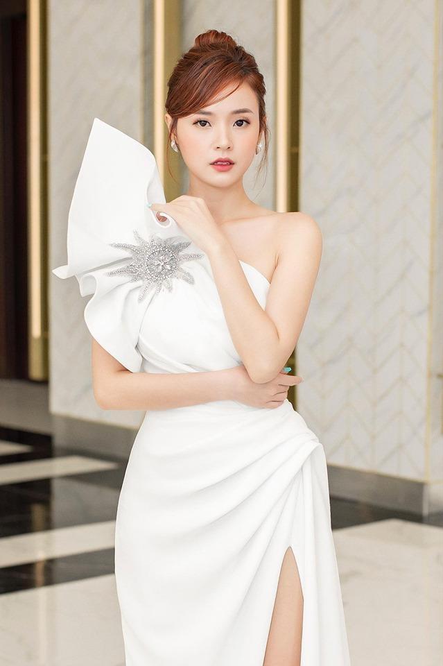 Phuong Khanh, Ky Duyen vao top sao mac dep tuan qua hinh anh 6