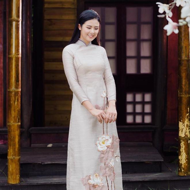Phuong Khanh, Ky Duyen vao top sao mac dep tuan qua hinh anh 4