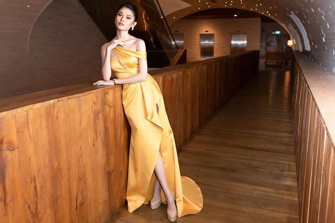 Angela Phuong Trinh dep sac sao, Pham Quynh Anh ngot ngao tuan qua hinh anh 6