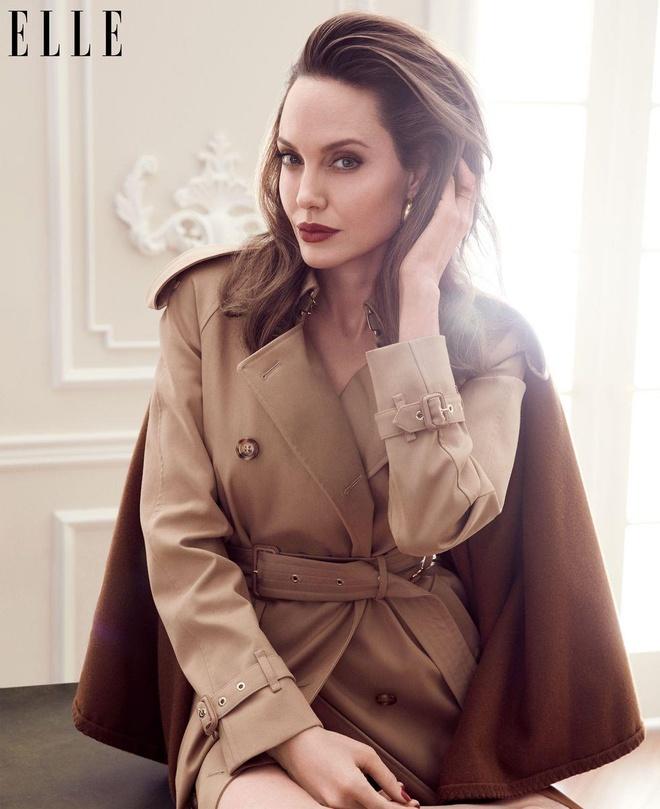 Angelina Jolie man ma anh 2