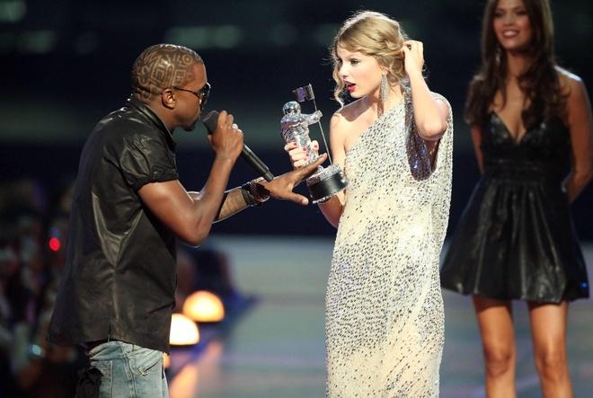 Taylor Swift tung muon tu tu anh 2
