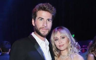 Miley Cyrus hat ve moi tinh tan vo voi Liam Hemsworth hinh anh