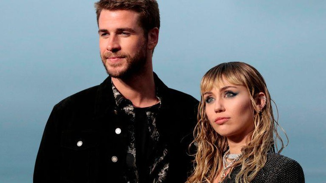 Miley Cyrus chia tay Liam Hemsworth anh 1