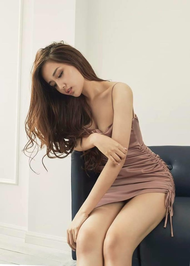 Loat trang phuc goi cam ton hinh the cua Hoa hau Mai Phuong Thuy hinh anh 8
