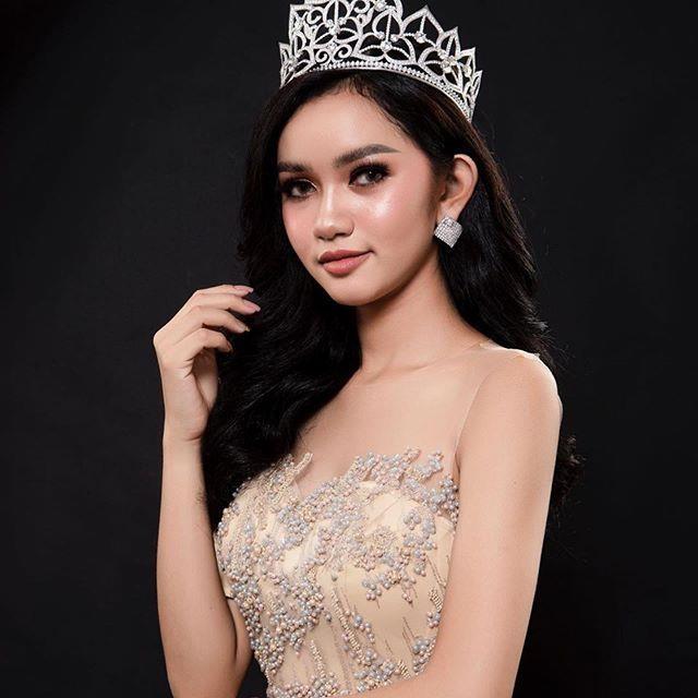 Nhung doi thu khu vuc Dong Nam A cua Hoang Thuy tai Miss Universe 2019 hinh anh 8