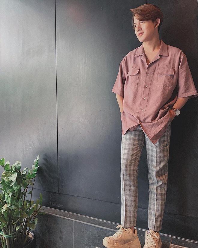 Tran Thanh, Quang Anh 'Ve nha di con' co so thich mang giay don hinh anh 2