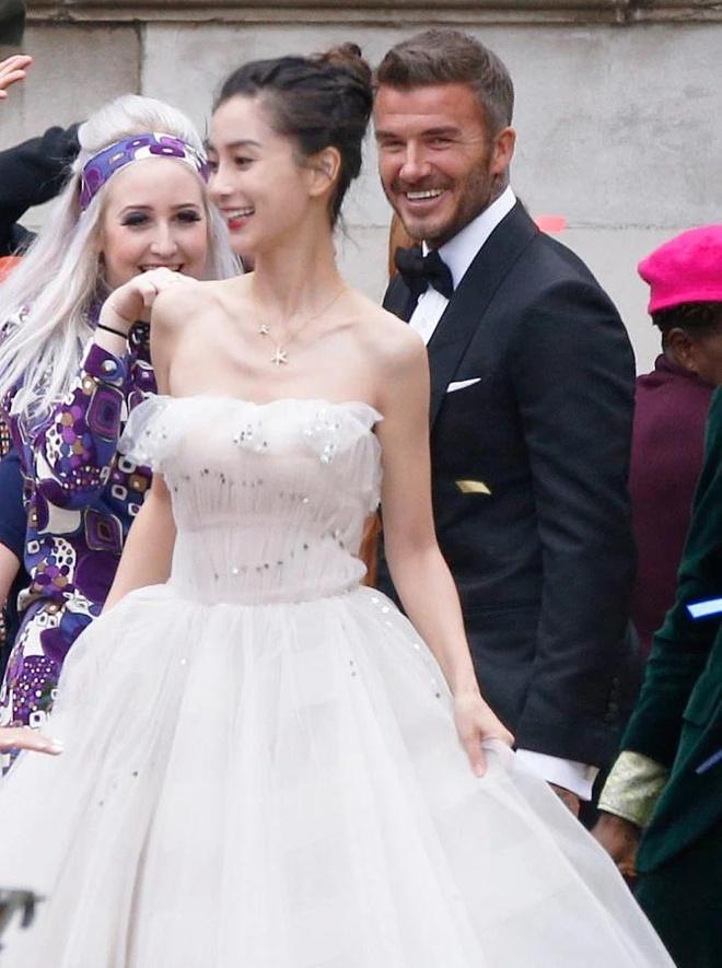 David Beckham va Angelababy cuoi tuoi khi quay quang cao tren pho hinh anh 1