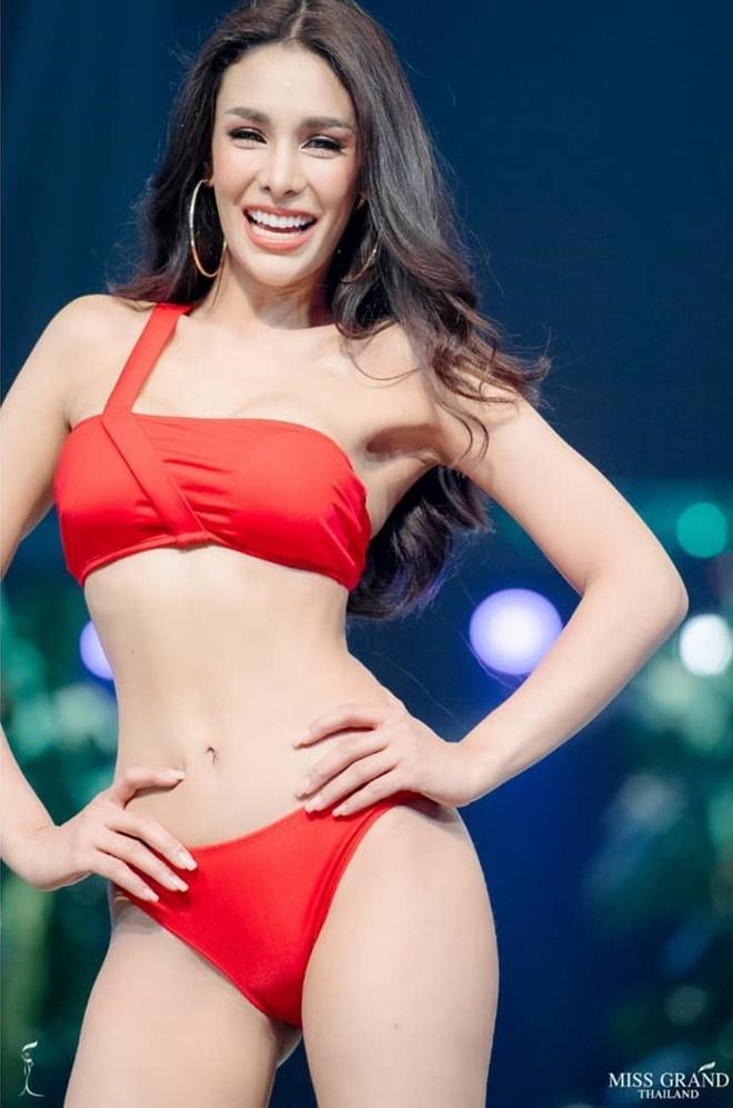 Dan doi thu boc lua cua Kieu Loan tai Hoa hau Hoa binh Quoc te 2019 hinh anh 3