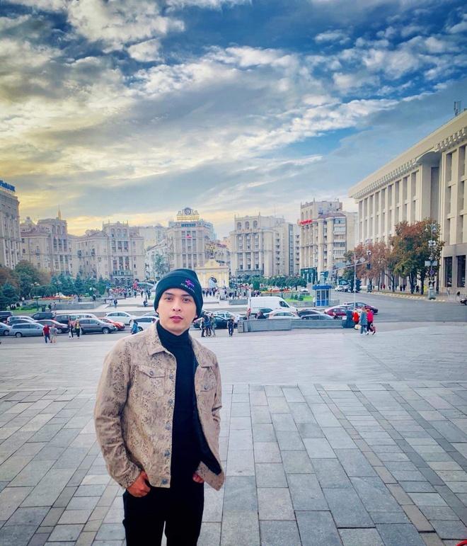Ho Quang Hieu tuoi 33 - du lich toi 160 quoc gia va on ao yeu Bao Anh hinh anh 9