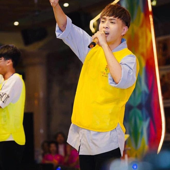 Ho Quang Hieu tuoi 33 - du lich toi 160 quoc gia va on ao yeu Bao Anh hinh anh 7