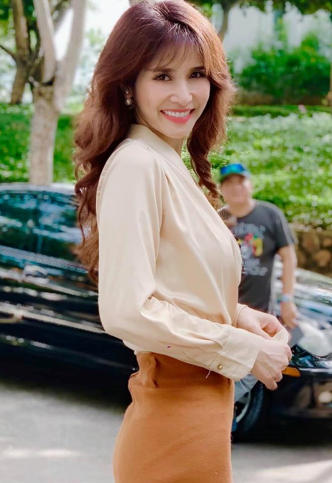 Dinh Ngoc Diep, Thao Trang va cac sao nu yeu cau thu Viet gio ra sao? hinh anh 9