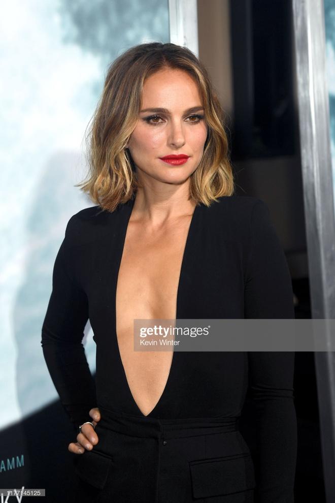 Natalie Portman mac tao bao anh 2