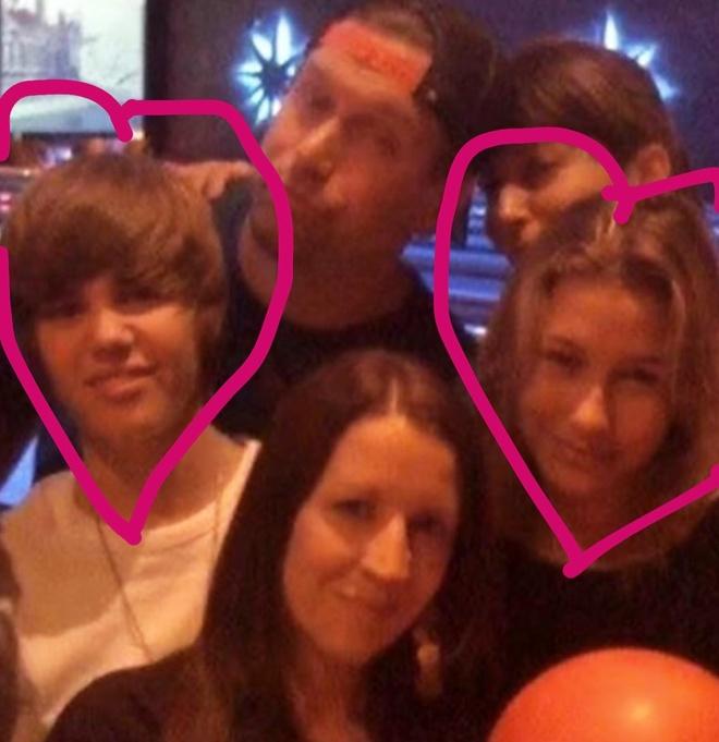 le cuoi Justin Bieber va Hailey Baldwin anh 1