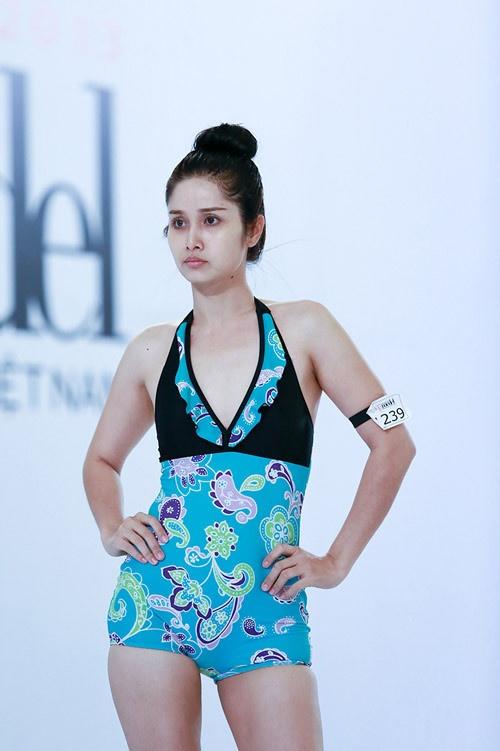 Thao Trang 'Tieng set trong mua' tu ve chan chat den gu mac nong bong hinh anh 6