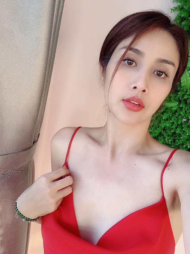 Thao Trang 'Tieng set trong mua' tu ve chan chat den gu mac nong bong hinh anh 14