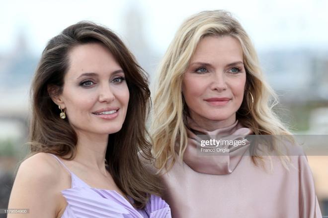 Angelina Jolie khoe sac anh 5