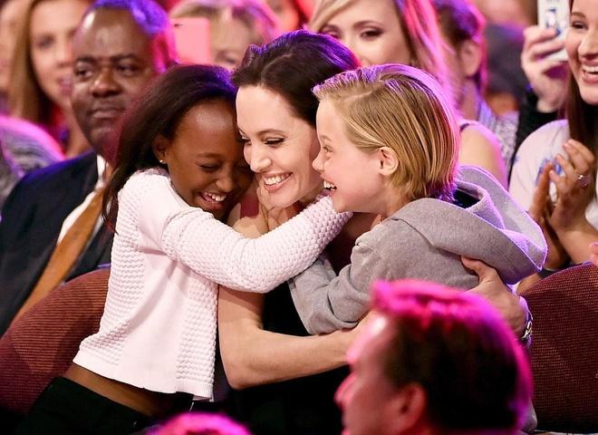 Zahara - con gai nuoi goc Phi it duoc Angelina Jolie nhac den hinh anh 10