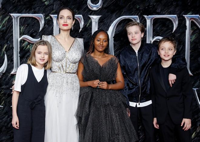 Angelina Jolie do sac voi Elle Fanning anh 9