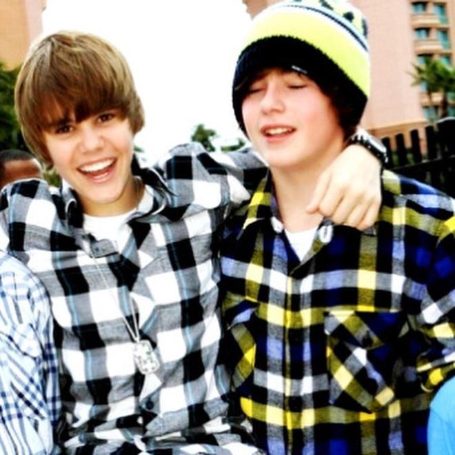 Justin Bieber khoe anh thoi hoc cap mot hinh anh 7