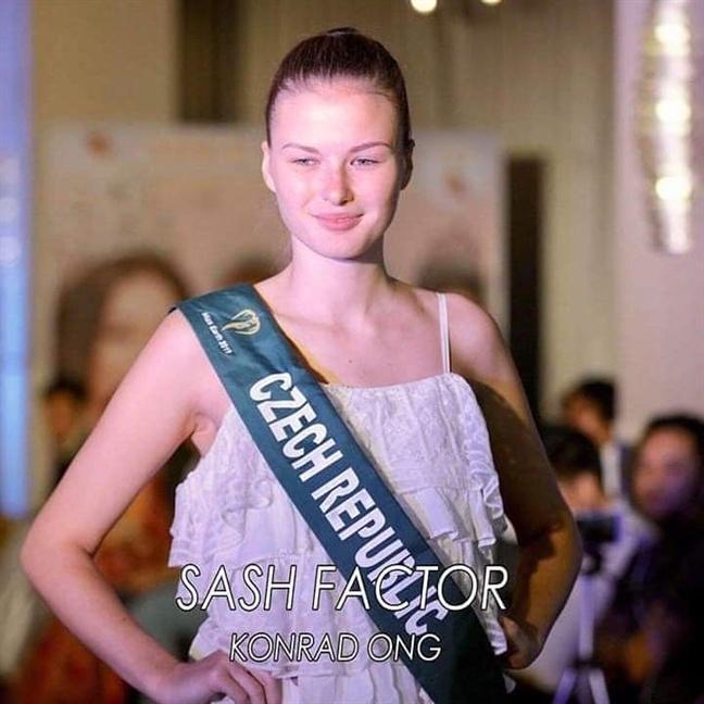 Hoang Hanh va dan thi sinh Miss Earth kem sac khi de mat moc hinh anh 8