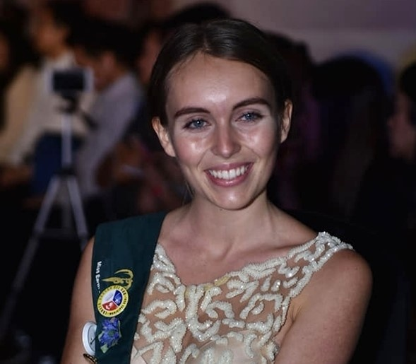 Hoang Hanh va dan thi sinh Miss Earth kem sac khi de mat moc hinh anh 5