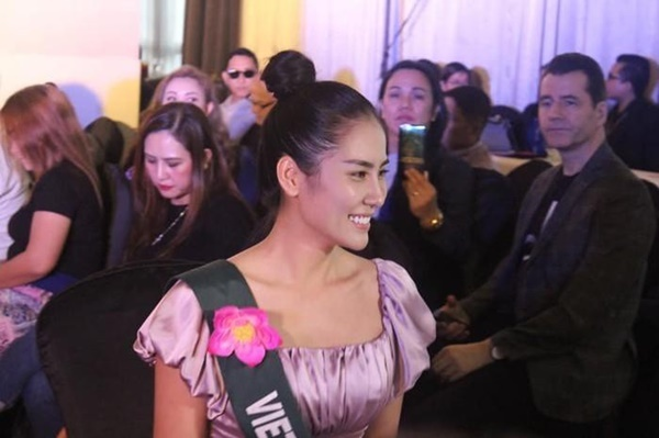 Hoang Hanh va dan thi sinh Miss Earth kem sac khi de mat moc hinh anh 2