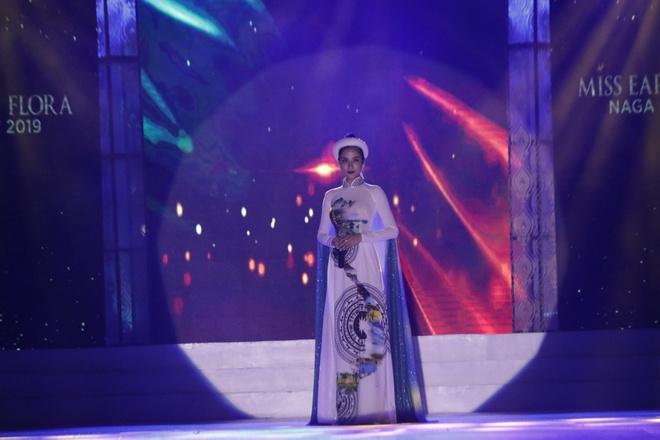 Hoang Hanh thi Miss Earth 2019 anh 1