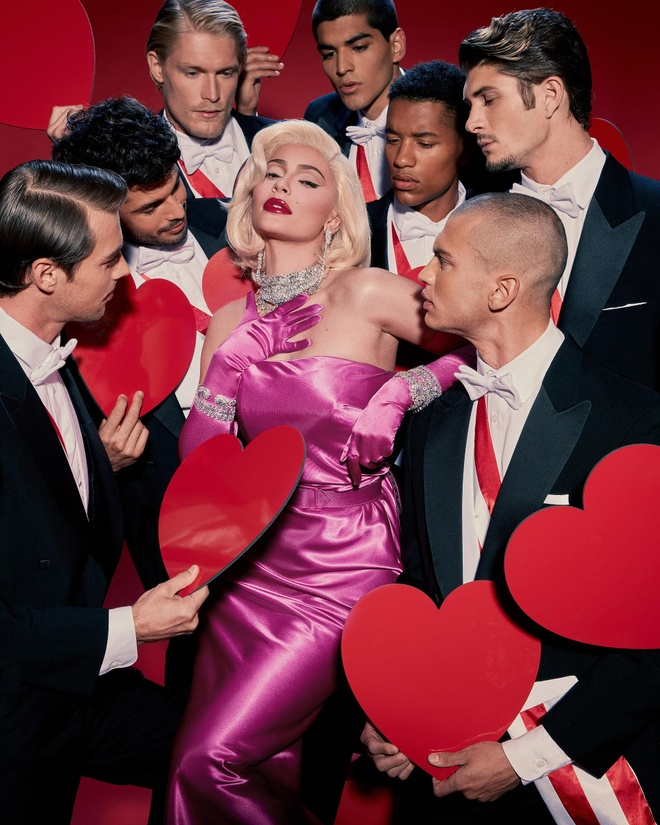Con gai David Beckham hoa trang thanh Billie Eilish ngay Halloween hinh anh 12