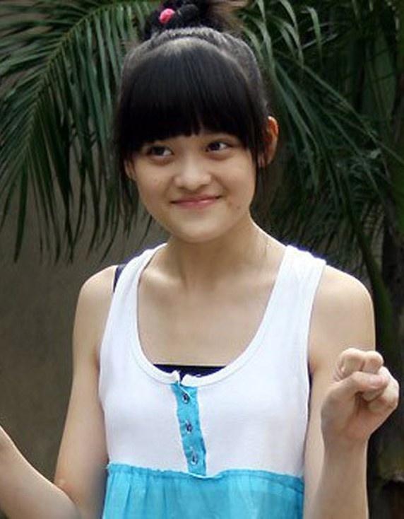 Angela Phuong Trinh lot xac anh 8