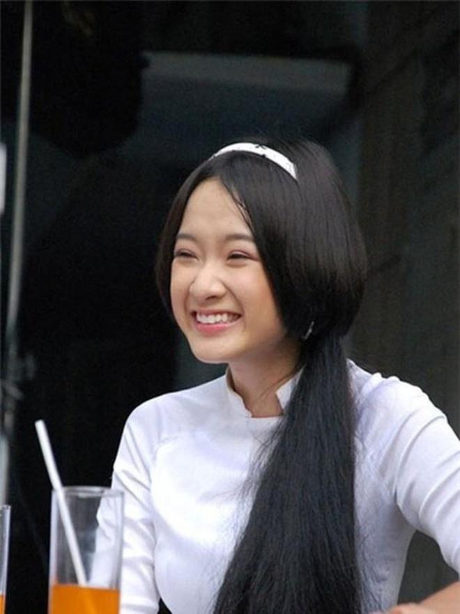 Angela Phuong Trinh, Thuy Anh thay doi ra sao sau nhieu nam? hinh anh 2