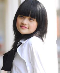 Angela Phuong Trinh lot xac anh 7