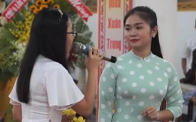 Phuong My Chi song ca 'Sau dau que ngoai' voi Thien Nhan hinh anh