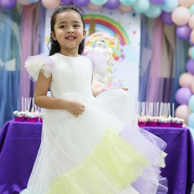 Mới đây, trên Instagram, nữ diễn viên Marian Rivera chia sẻ một số khoảnh khắc trong tiệc sinh nhật lần thứ 4 của con gái cưng. Cô chú thích: