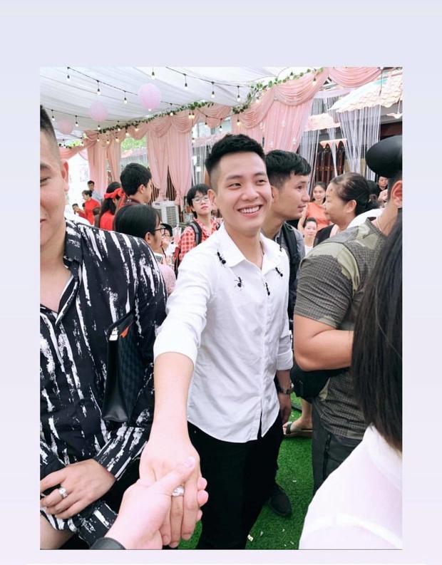 Quan A.P du day thang con gai cau thu Bui Tien Dung hinh anh 2
