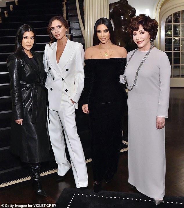 Kim Kardashian do sac voi Victoria Beckham hinh anh 2