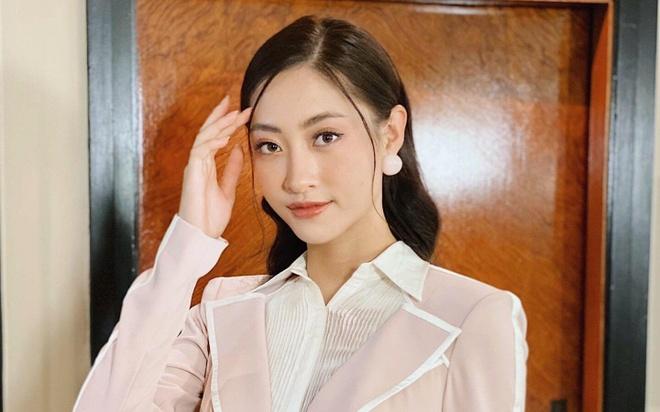 Luong Thuy Linh noi tieng Anh o Hoa hau The gioi 2019 hinh anh