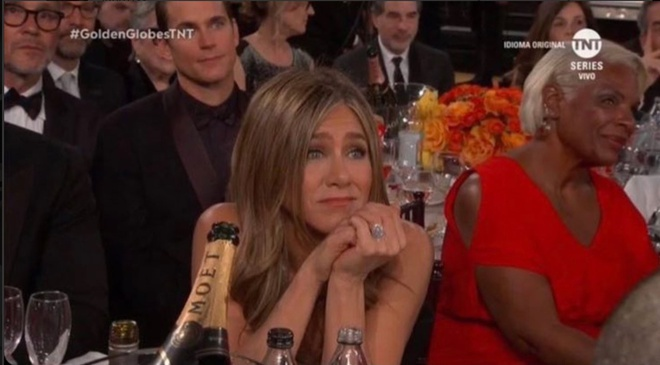 Brad Pitt nam tay vo cu Jennifer Aniston hinh anh 2 Jennifer_Aniston_1.jpg