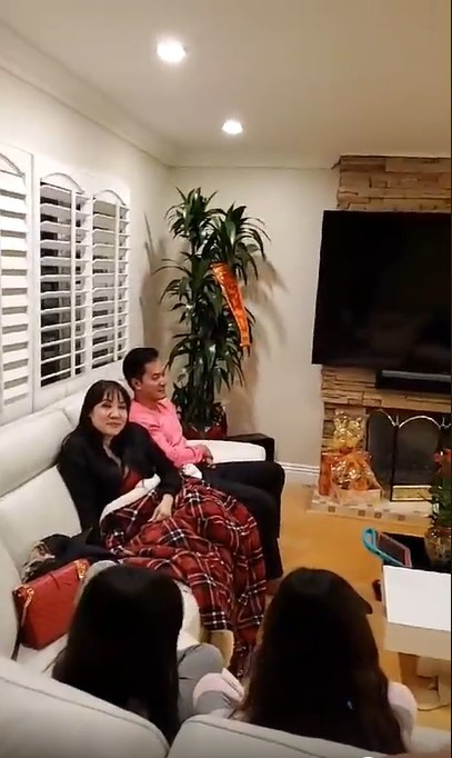Hong Dao, Quang Minh va nghe si Viet don Tet o nuoc ngoai the nao? hinh anh 4 Annotation_2020_01_25_135847.jpg