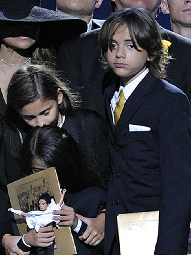 Cuoc song bi an cua con trai Michael Jackson hinh anh 3 f80f7f053044d91a8055.jpg