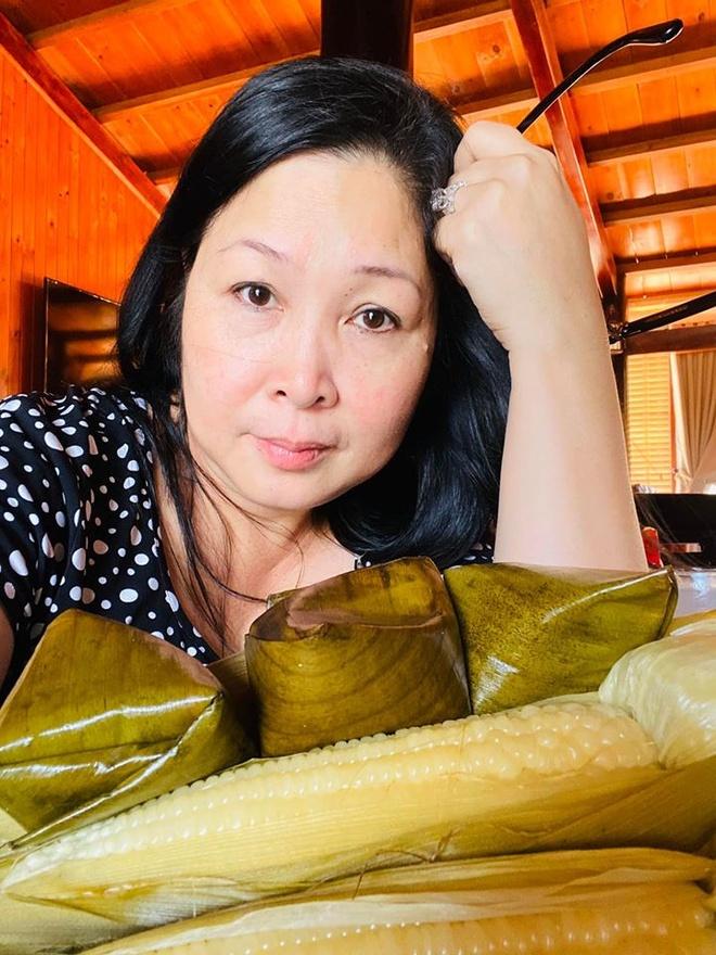 Dam Thu Trang, Tang Thanh Ha ben nua kia trong ngay Valentine hinh anh 15 85249418_1362987163892986_1917905229278347264_o.jpg