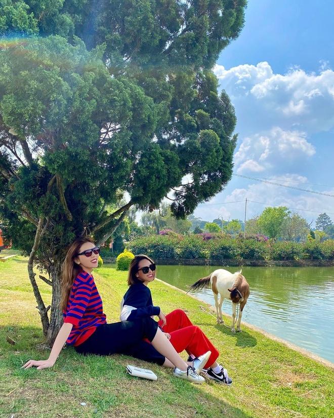 Dam Thu Trang, Tang Thanh Ha ben nua kia trong ngay Valentine hinh anh 7 kyduyen1311_83209881_1044250512618347_3412600839224799577_n.jpg