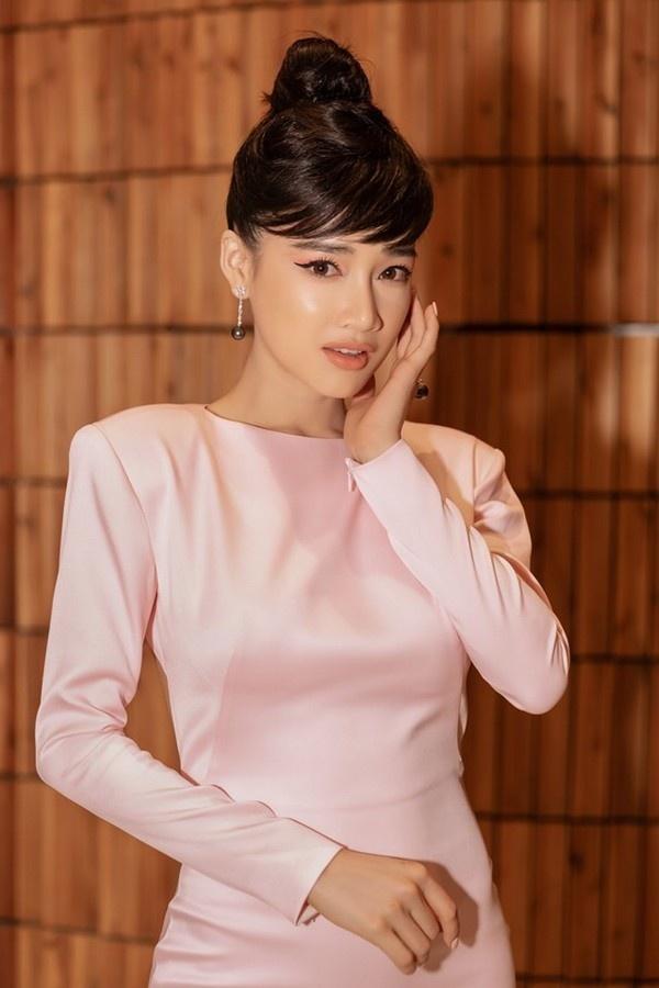 Nha Phuong thay doi phong cach sau khi cuoi Truong Giang hinh anh 8 nha_phuong.jpg
