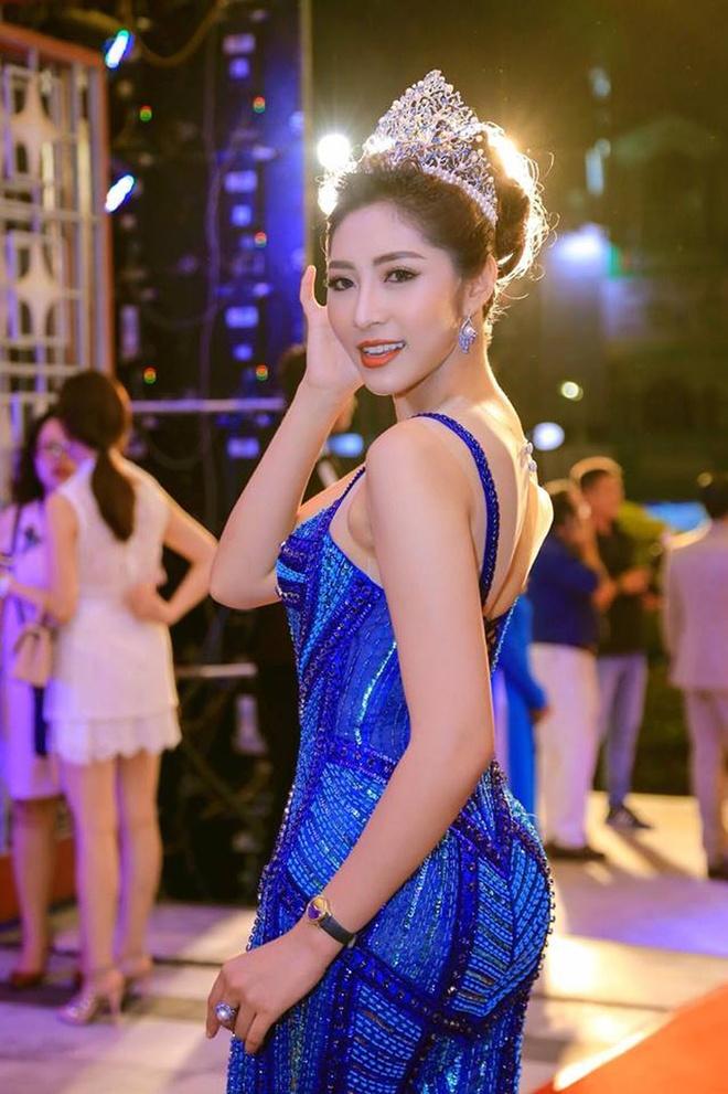 Hoa hau Dang Thu Thao mang song thai hinh anh 2 2_81501.jpg