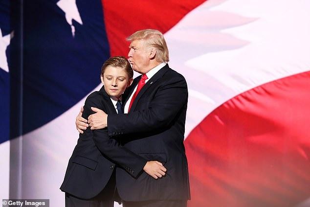 Barron Trump cao gan 2 m o tuoi 14 hinh anh 3 2.jpg